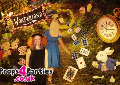alice-in-wonderland-party-decorations